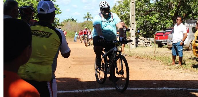 Assis, Gordinho Sensação do ciclismo (Foto: Josiel Martins)