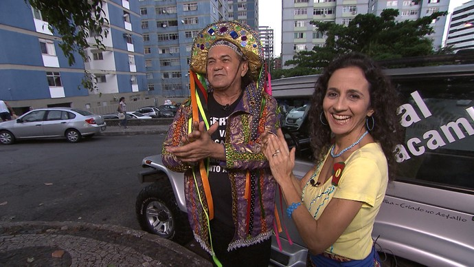 Maria encontra o cantor e compositor Val Macambira (Foto: TV Bahia)