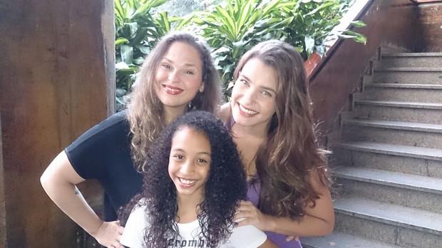 Jamilly Mariano, Stephanie Serrat e Eduarda Fadine (Foto: Divulgação/Divulgação)