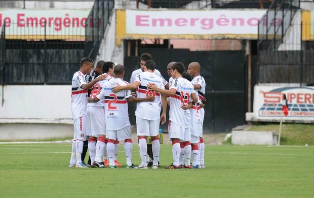 Santa Cruz x Luverdense (Foto: Aldo Carneiro / Pernambuco Press)