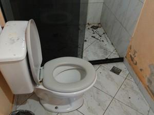 Local esteve em condições precárias de higiene (Foto: Divulgação/ Polícia Civil)