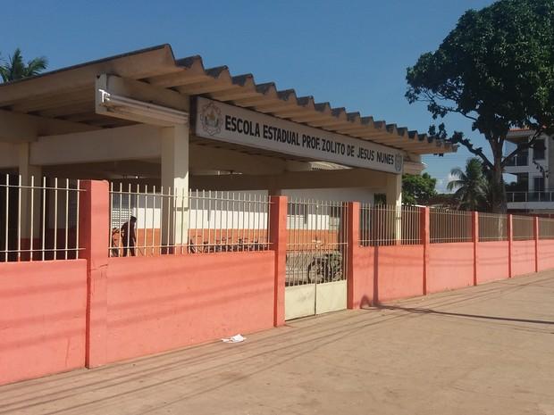 Pichação, escola, alunos, muro, tinta, punição, Amapá, Zolito Nunes (Foto: Jorge Abreu/G1)