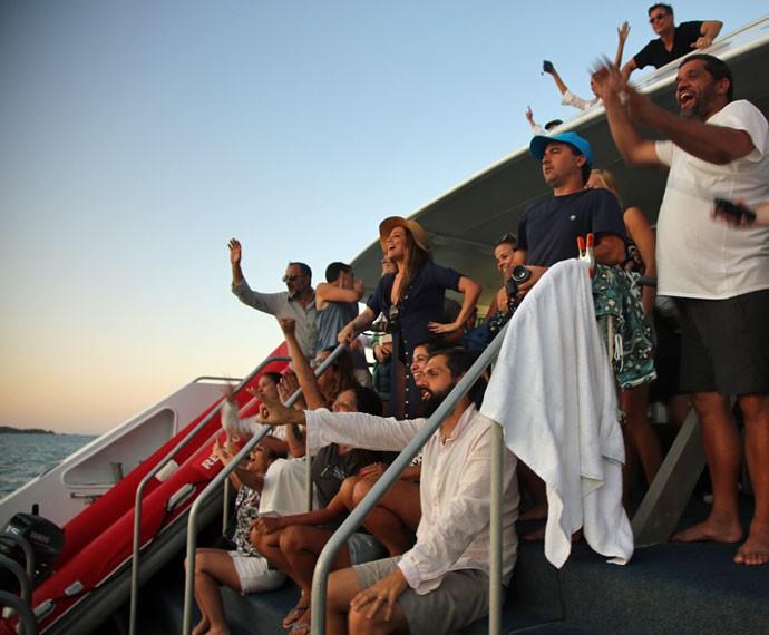 Equipe e elenco nas gravações na Austrália (Foto: Bernardo Duarte/Gshow)