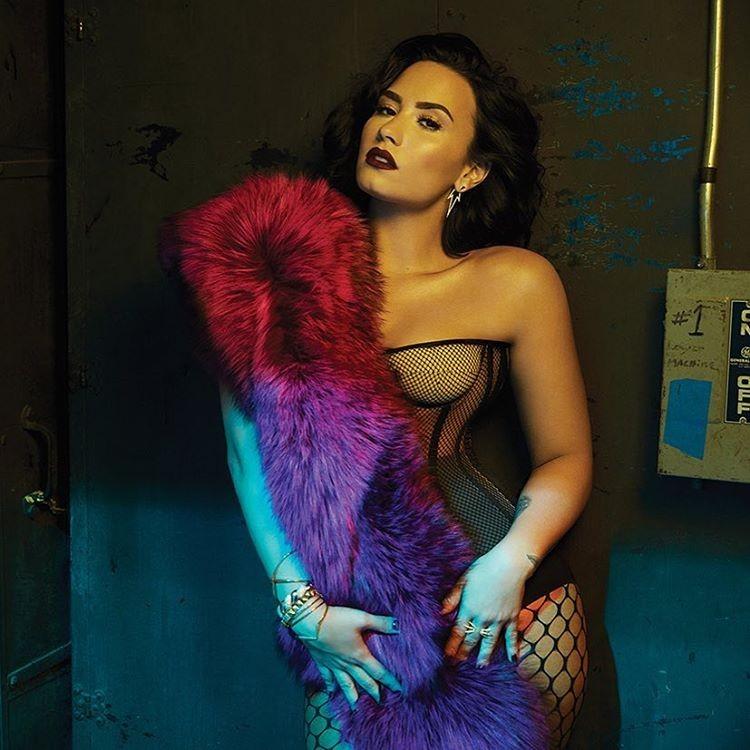 Demi Lovato em ensaio sensual para a Billboard (Foto: Reprodução/Billboard/Austin Hargrave)