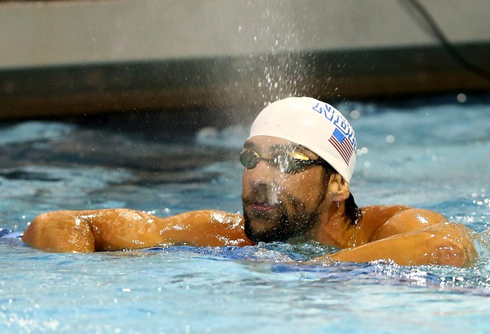 Michael Phelps ouro 100m borboleta GP Charlotte (Foto: Getty Images)