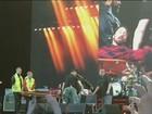 Após Dave Grohl quebrar a perna, Foo Fighters cancela shows na Europa