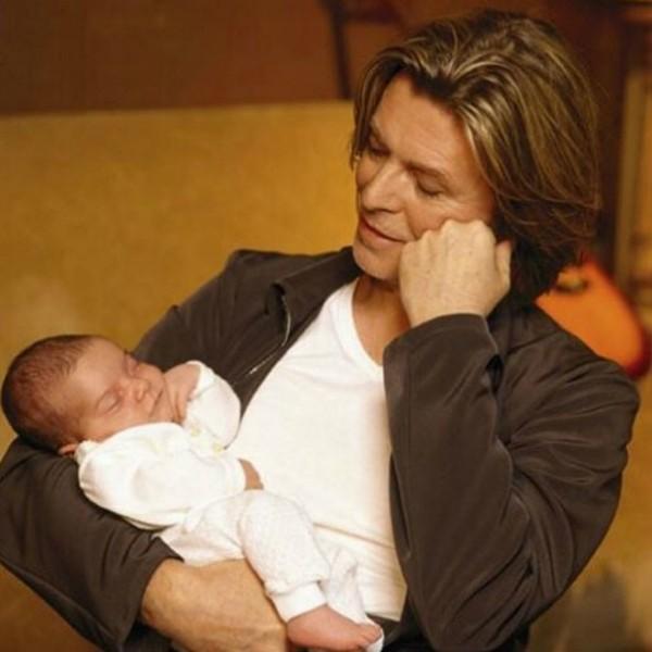 David Bowie com sua filha Lexi que hoje tem 17 anos (Foto: Instagram)