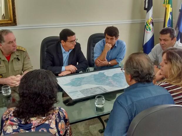Reunião aconteceu nesta sexta-feira (24) (Foto: Fernando Moraes / Inter TV)