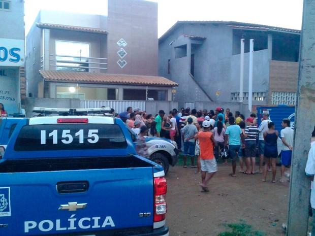 Professora é encontrada morta na cidade de Riachão do Jacuípe, na Bahia (Foto: Raimundo Mascarenhas / Calila Notícias)