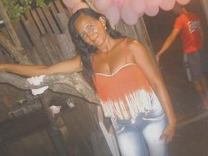 Edileuza Cunha estava na UTI com 70% do corpo queimado (Foto: arquivo pessoal)