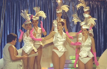 Dirigida por Jorge Fernando em um dos especiais da programação de fim de ano da TV Globo, em 1995 Divulgação/Memória Globo