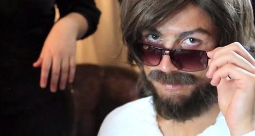 tirou a  barba e... (Reprodução)