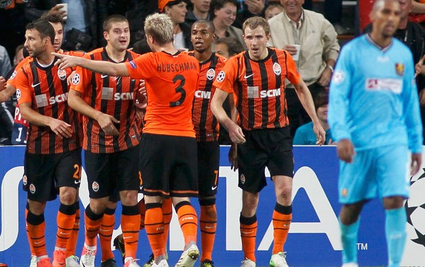 Comemora&#231;&#227;o, Shakhtar x Nordsjaelland (Foto: Ag&#234;ncia AP)
