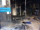 Incêndio em agência da Caixa danifica caixas eletrônicos em Uberaba