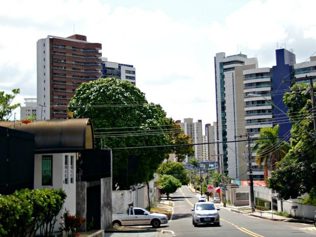 Bairro Adrianópolis, um dos m² mais caros de Manaus, lidera em unidades disponíveis para venda (Foto: Ísis Capistrano/ G1 AM)