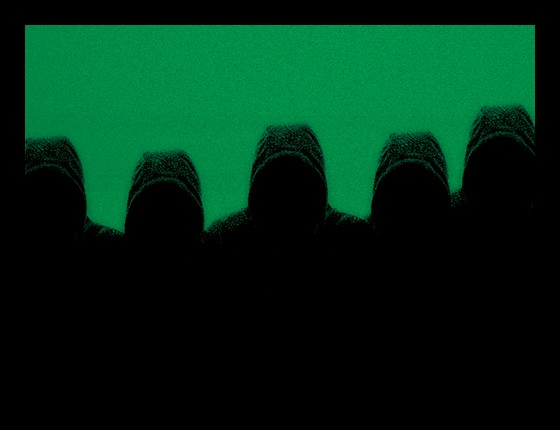 Gangues virtuais no Facebook (Foto: Época)