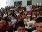 Servidores públicos fazem protesto em sessão na Câmara de Sorocaba