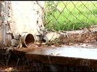 Flagrantes de desperdício de água tratada revoltam moradores em Goiás