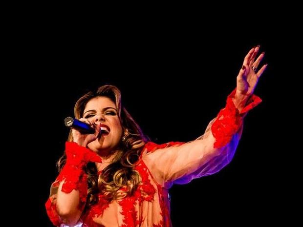 Millane Hora faz apresentação no Cine Sesi Pajuçara. (Foto: Assessoria/Arthur Gama)