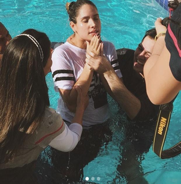 Thyane Dantas é batizada (Foto: Reprodução)