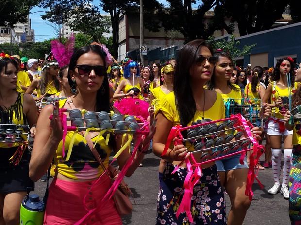 Bateria linda do Beiço do Wando, em Belo Horizonte (Foto: Pedro Ângelo/G1)