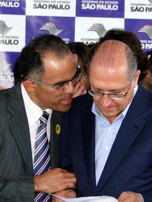 Prefeito de Iracemápolis, Valmir Gonçalves de Almeida (PT), e o governador de São Paulo, Geraldo Alckmin (PSDB) (Foto: Graziela Félix/Prefeitura de Iracemápolis)