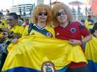 Colombianos usam 'cabeleira' para lembrar ídolo Valderrama, em Manaus