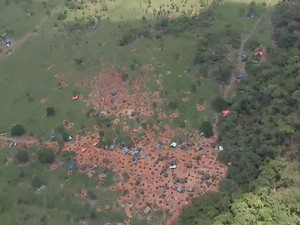 Imagem aérea do garimpo em Pontes e Lacerda, Mato Grosso (Foto: Reprodução/TVCA)