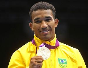 Prêmio Olímpico - Esquiva (Foto: Editoria de Arte / Globoesporte.com)