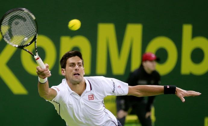 Novak Djokovic x Ivo Karlovic ATP Doha tênis (Foto: Reuters)
