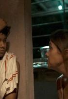 Filho de Adriana Esteves em 'Justiça' foi escolhido em teste pela própria atriz