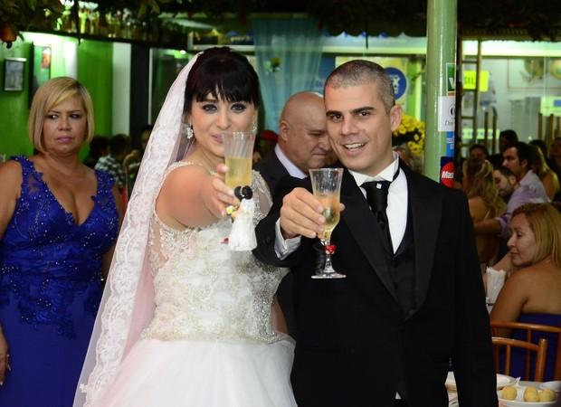 Luciana Picorelli e o marido (Foto: Roberto Teixeira/Ego)