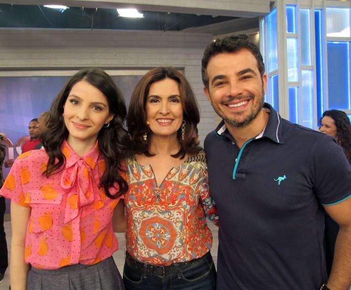 Giselle Batista, Fátima e Anderson Di Rizzi posam nos bastidores do 'Encontro' (Foto: Viviane Figueiredo Neto/Gshow)