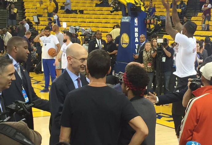 Warriors abrem 2 a 0 sobre o Cavaliers na decisão da NBA