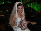 Ex-paquita Thalita Ribeiro se casa com ex-ator mirim no Rio