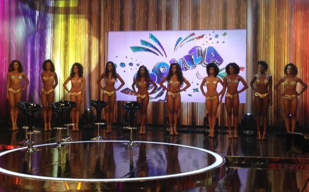 Dez mulatas disputaram cinco vagas para seguir na competição (Foto: Perla Rodrigues/TV Globo)