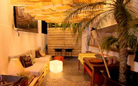 Antes e depois: veja a transformação de uma 'laje' em lounge para o verão