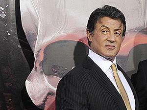 Stallone no lançamento de 'Os mercenários', em Los Angeles, nesta quarta-feira (4). (Foto: Phil  McCarten/Reuters)
