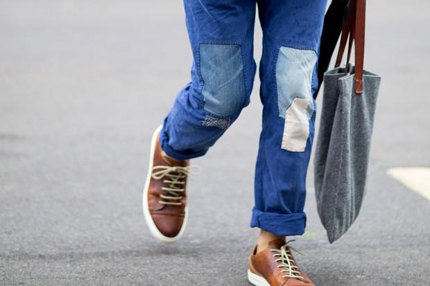 Destaque comprimento das calças (Foto: IMAXTREE)