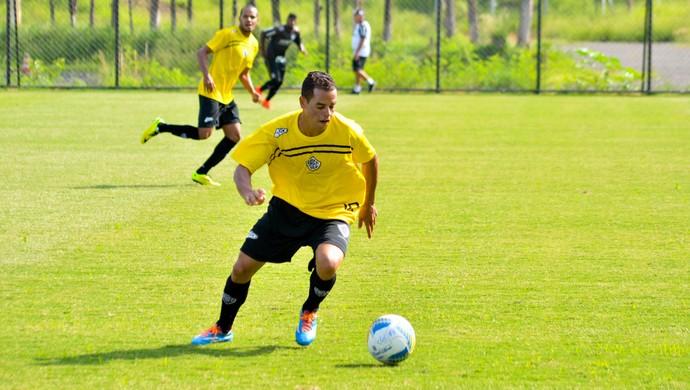 Jobinho atacante Rio Branco-SP (Foto: Sanderson Barbarini / Foco no Esporte)