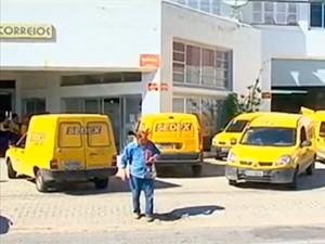 Funcionários dos Correios estão em greve em todo país (Foto: Reprodução/RBS TV)
