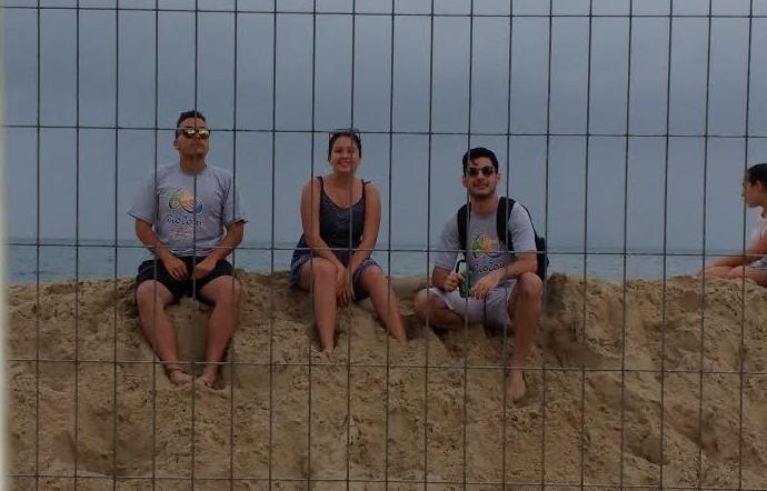 Jorge, Thais e Guilherme no vôlei de praia (Foto: Martha Esteves/ Globoesporte.com)