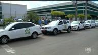 Taxistas decidem congelar tarifa das corridas