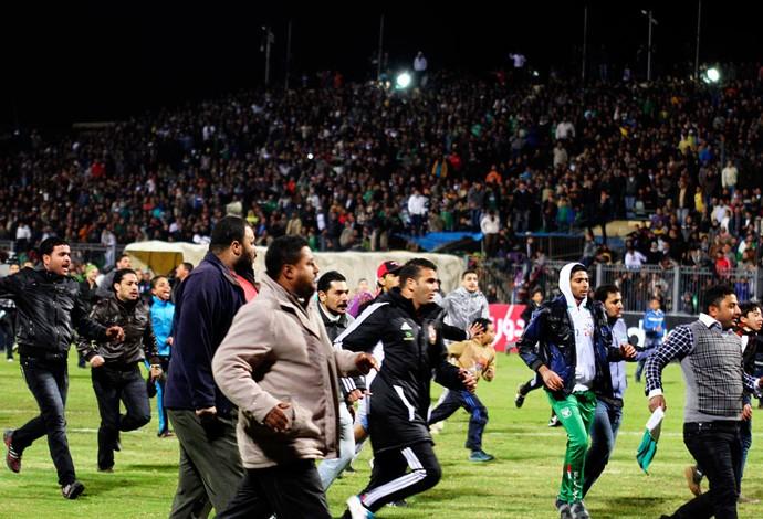 egito confusão estádio (Foto: Reuters)
