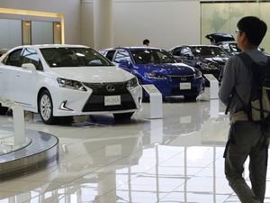 Showroom da Lexus em Tóquio (Foto: Toru Hanai/Reuters)