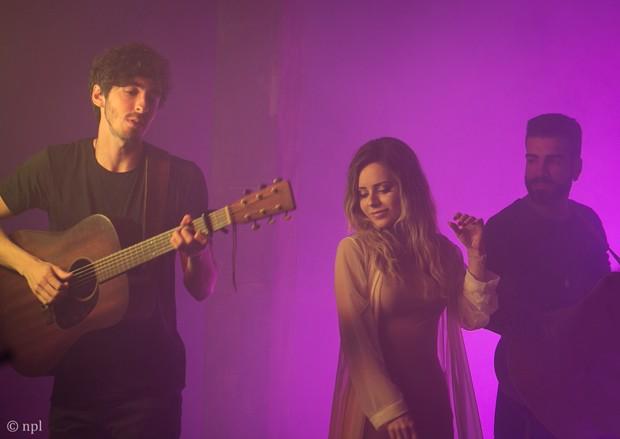 Sandy na gravação do clipe Ai de Mim, da banda OutroEu (Foto: Divulgação/NPL)
