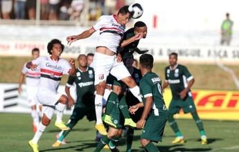 Anápolis e Goiás esbarram na trave e no travessão e empatam o jogo de ida