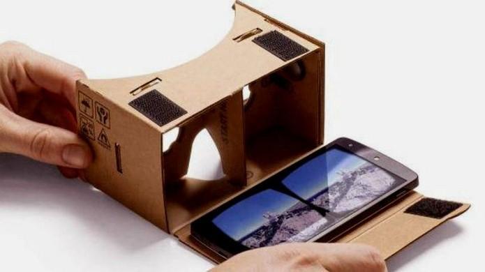 Google Cardboard é compatível com celulares Android (Foto: Divulgação/Google)