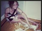 Mariah Carey brinca com cachorrinhos