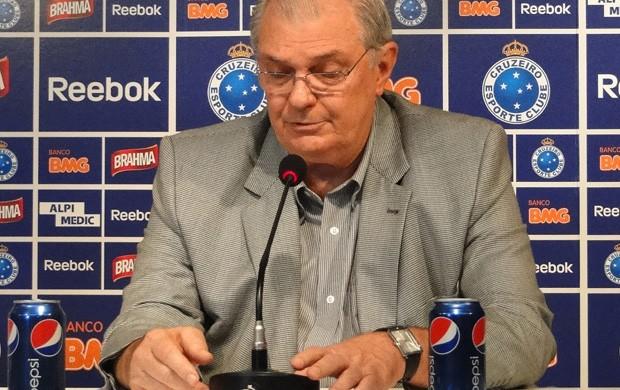 Gilvan, presidente do Cruzeiro (Foto: Leonardo Simonini/Globoesporte.com)